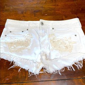 American Eagle White Distressed Lace Jean Shorts 8